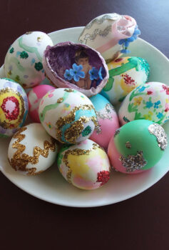 Why Eggs On Easter?